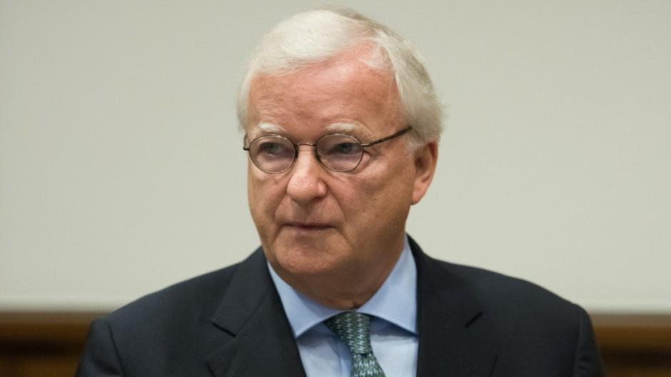Gerd Niebaum vor Gericht