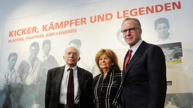 Ausstellungseröffnung 'Kicker, Kämpfer und Legenden'