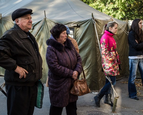 Hundreds Of Thousands Displaced By Fighting In Eastern Ukraine