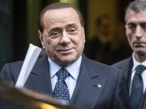 Berlusconi leaves meeting with Angelino Alfano