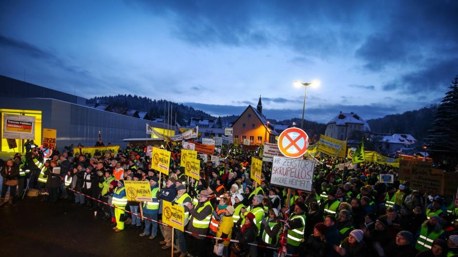 'Feuer & Flamme' gegen Stromtrasse