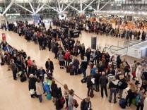 Warnstreik am Hamburger Flughafen