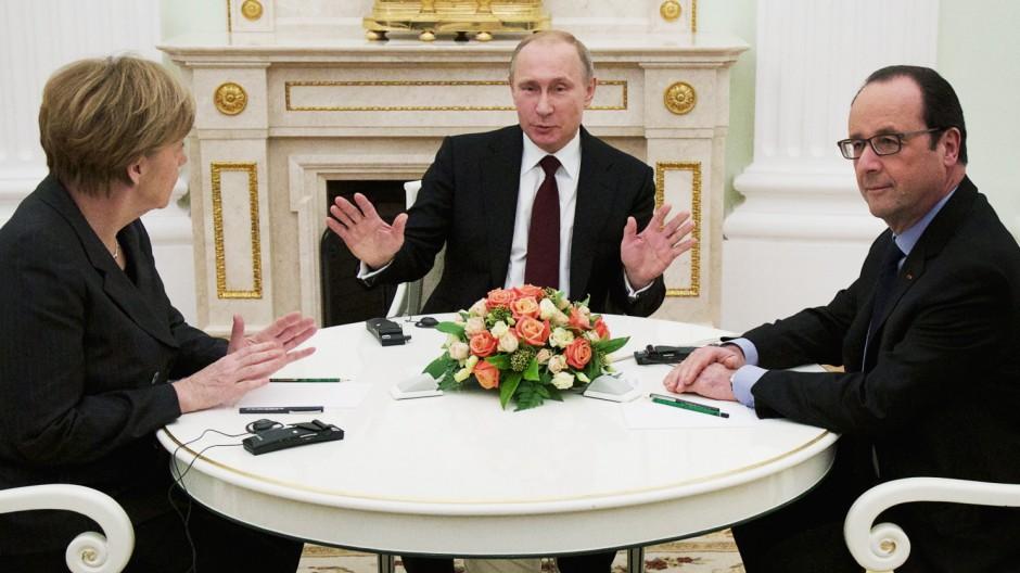 Vladimir Putin, Francois Hollande, Angela Merkel