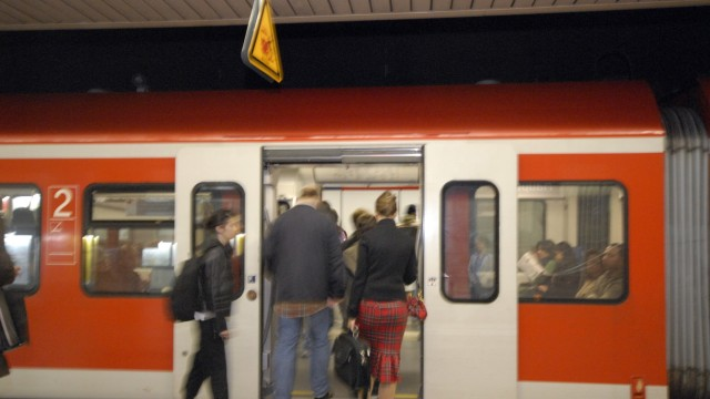 S-Bahnstation in München, 2007
