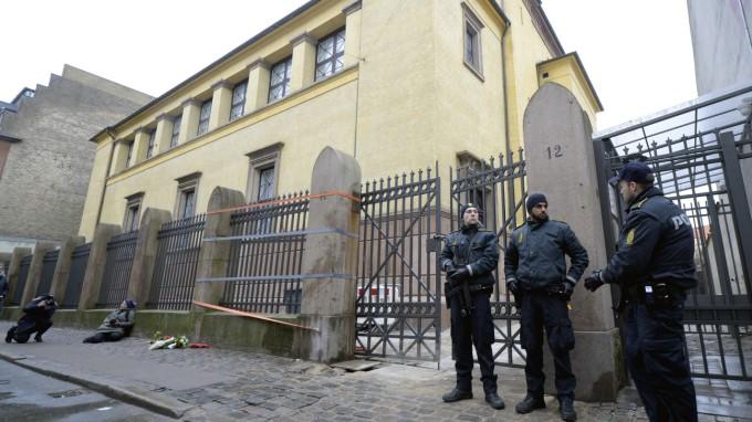Im Februar 2015 verübte ein islamistisch motivierter Täter einen Anschlag auf eine Synagoge in Kopenhagen. (Foto: Fabian Bimmer/Reuters)