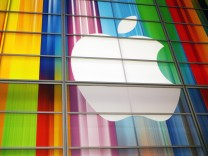 Apple profit hits new high on rocketing iPhone sales