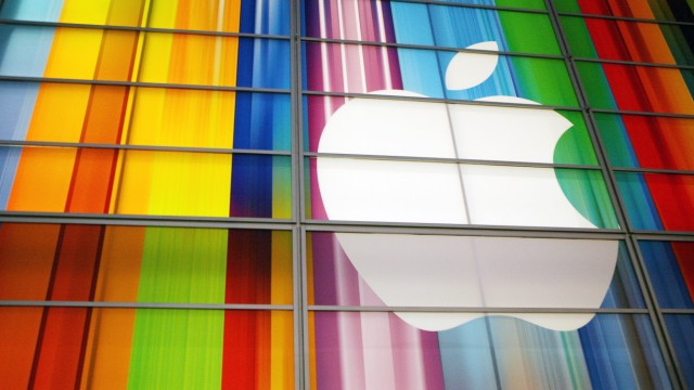 Apple profit hits new high on rocketing iPhone sales