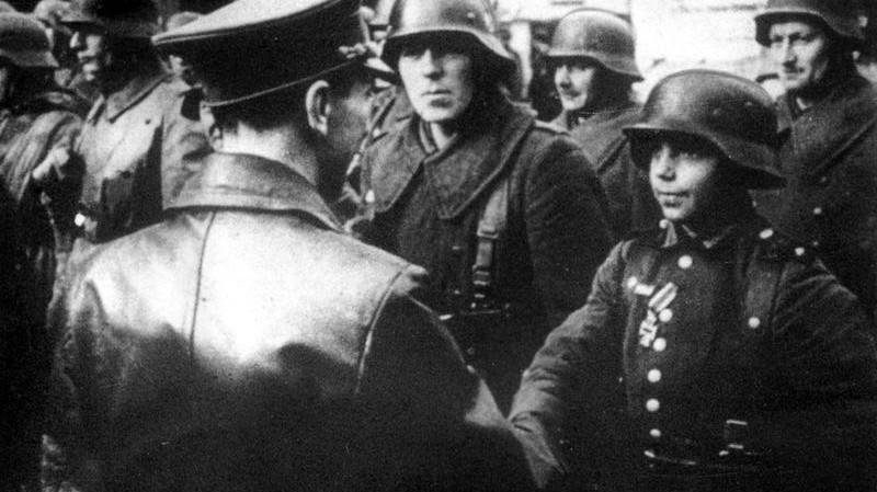 Goebbels besucht Soldaten an der Ostfront; Bildergalerie Ostfront 1945