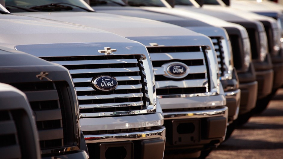'Cash For Clunkers' Helps Ford Lift Sales For First Time In Two Years
