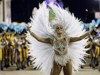 Karneval in Rio 2015, Samba, Brasilien, Umzug der Sambaschulen, Sambódromo, Bilder