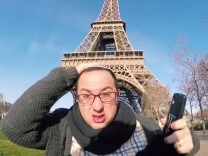 Still: 10 Hours of Walking in Paris as a Jew