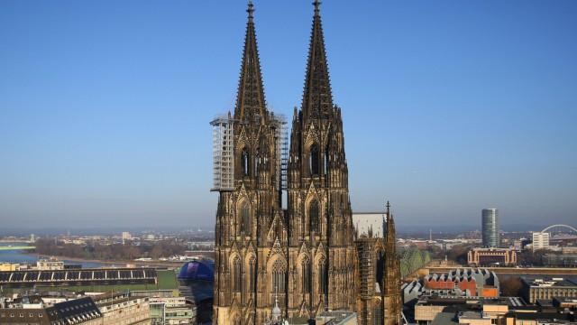 Erzbistum Köln legt detaillierte Bilanz vor - Milliardenvermögen