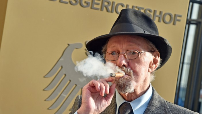 BGH verhandelt fristlose Wohnungskündigung von Raucher Adolfs