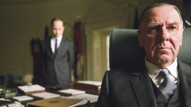 """Präsident Lyndon B. Johnson wird in """"Selma"""" von Tom Wilkinson (rechts) mit viel Gespür für Akzente im Auftreten verkörpert."""