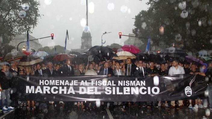 Schweigemarsch für Staatsanwalt Alberto Nisman - Zehntausende Argentinier demonstrieren in Buenos Aires