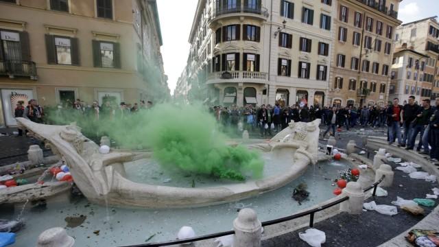 Rom Barcaccia-Brunnen in Rom