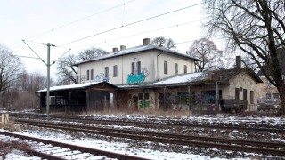 Alter Bahnhof Oberschleißheim, Ecke Bahnhof- Schönleutnerstraße