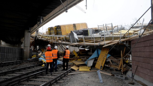 bridge under construction collapsed onto railway tracks beneath i