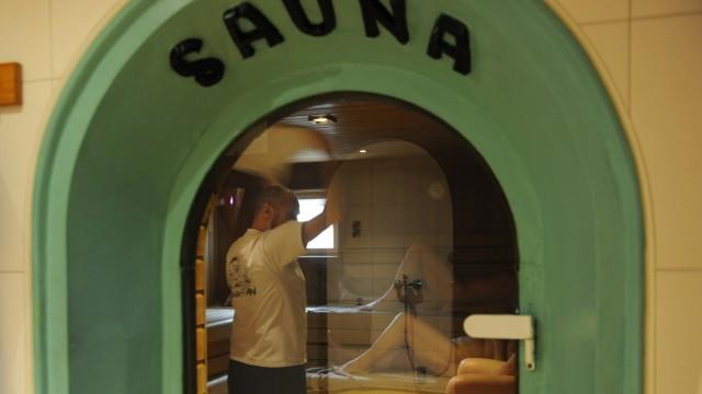 Herz-Kreislauf-Erkrankungen Sauna stärkt das Herz