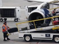 Gepäck bei Flugreise, Koffer, Missgeschick