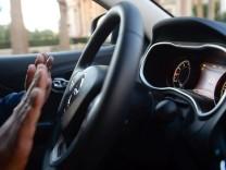 Autonomes Fahren in einem Jeep Cherokee