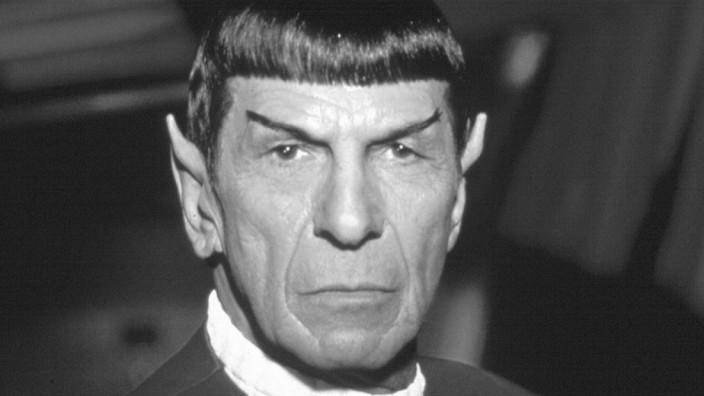 Leonard Nimoy; Star Trek