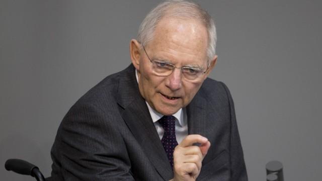 Bundeswehr Schäuble über Verteidigungsetat