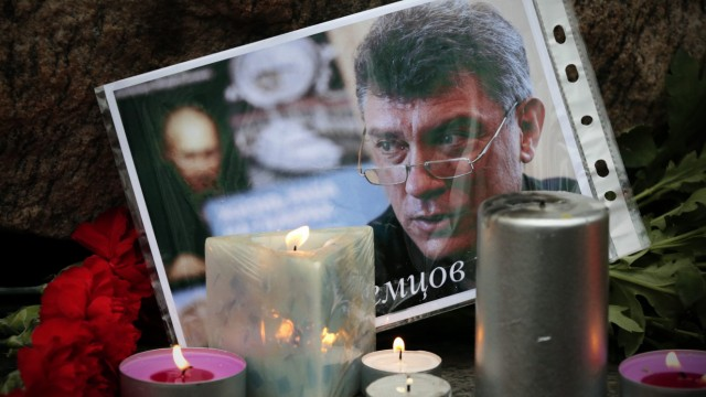 The action to memory of Boris Nemtsov in St. Petersburg.