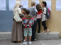 French students are back to school