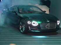 Bentley EXP 10 Speed 6 auf dem 85. Automobilsalon in Genf