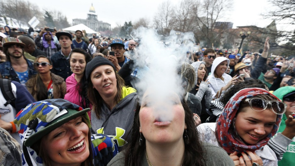 360° Legalisierung von Cannabis Kiffer-Tourismus