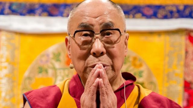 Dalai Lama zu Besuch in Hamburg