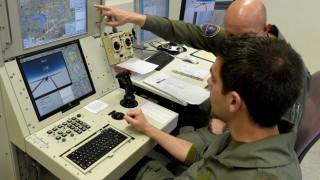 Tornado-Piloten lernen das Fliegen von Drohnen