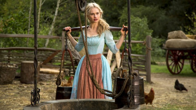 Lily James als Cinderella