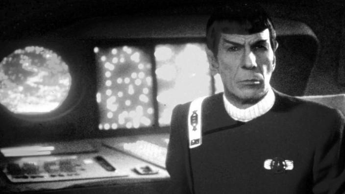 Leonard Nimoy als Mr. Spock/Star Trek