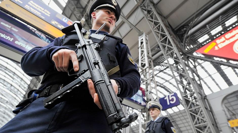 Sicherheitsmaßnahmen nach Terrorwarnung