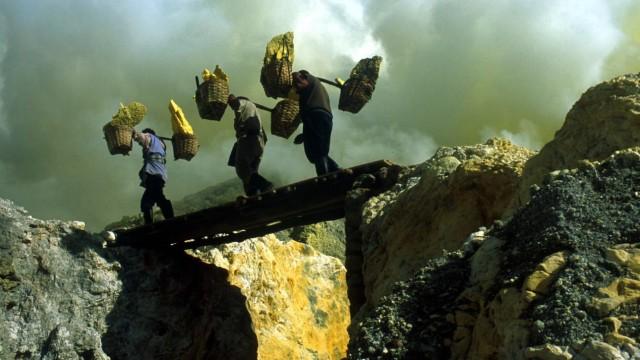 Michael Glawogger: Workingman's Death