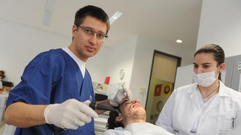 Zahnmedizin Moderne Medizin in München