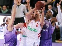Basketball --- 1. Bundesliga --- BG Goettingen vs FC Bayern Muenchen --- 22.03.2015