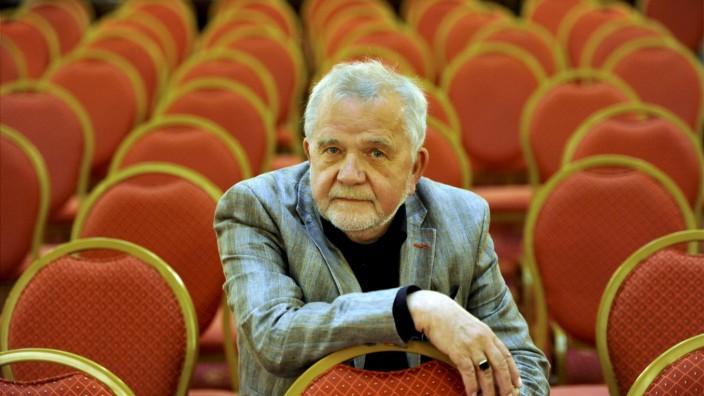 Autor  Rüdiger Safranski
