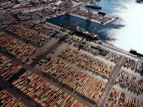 Container-Terminal des Hafens Piräus.