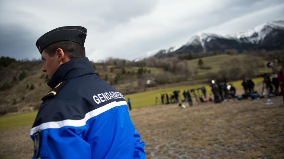 Germanwings A320 abgestürzt - Seyne Les Alpes