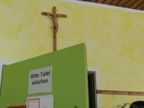 Kruzifix in Münchner Klassenzimmer, 2011
