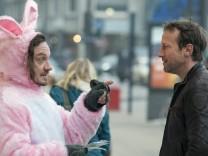 Tatort: Frohe Ostern, Falke; Tatort Frohe Ostern Falke
