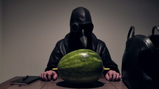 ASMR-Video mit Wassermelone