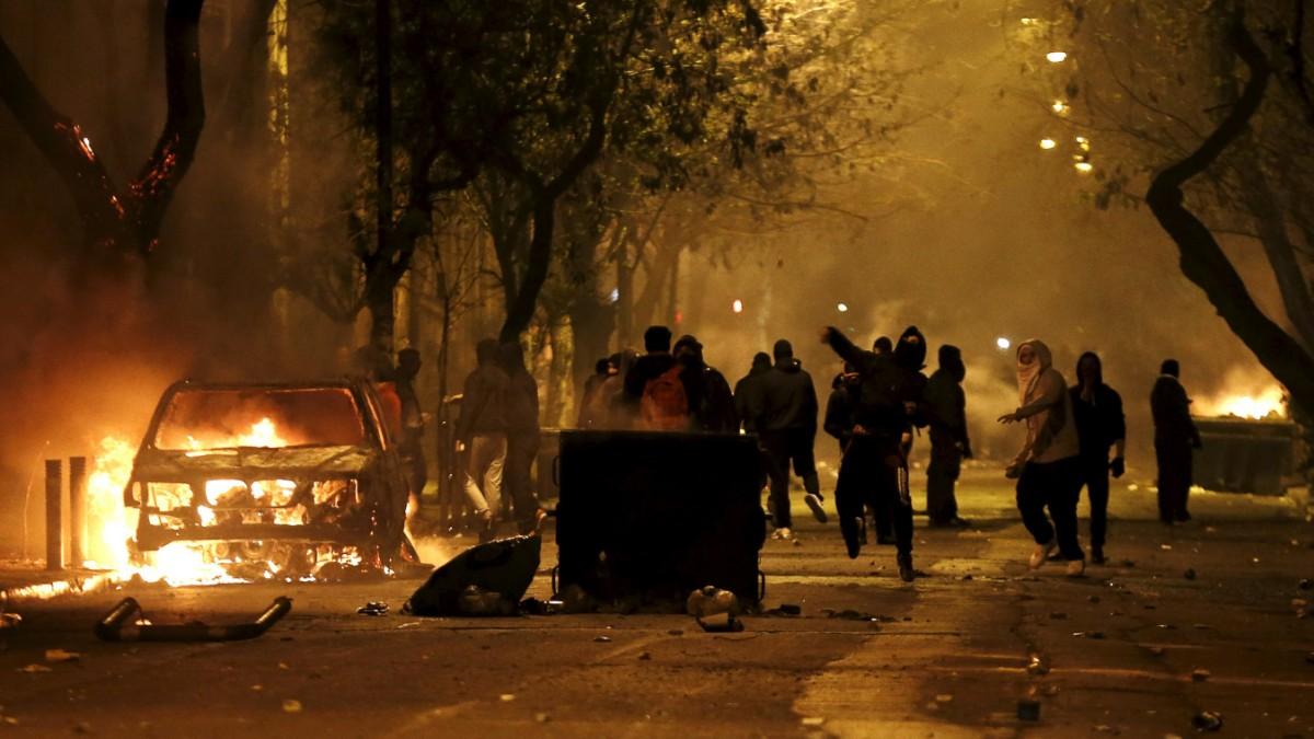 Krawalle nach Anarchisten-Demo in Athen