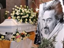Trauerfeier von Helmut Dietl