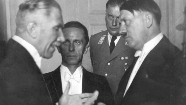 Hitler, Papen, Goebbels