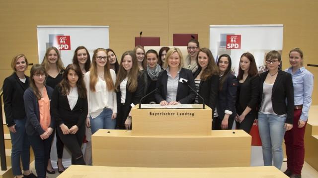 Mädchenparlament Gruppenfoto #2