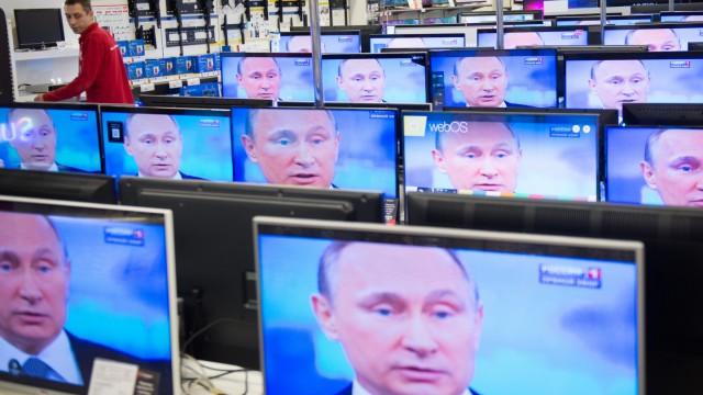 Wladimir Putin TV-Auftritt des russischen Präsidenten